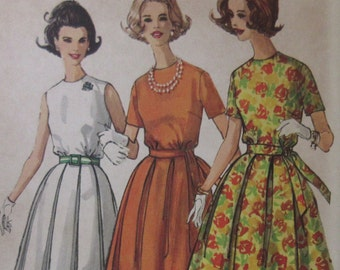 Vintage   Simplicity  1960s Misses one piece Full Skirted Dress 4802  Size 14  Bust Size 34