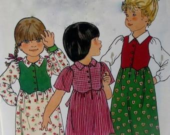 Vintage Butterick #5575 Children's Toddler Girls Dress Sewing Pattern SIZE 4 UNCUT