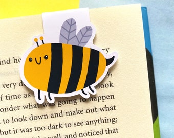 Cute Bee Magnetic Bookmark - Absolutely Buzzing Funny Pun Bookmark - Page Keeper - Book Accessories - Small Gift Ideas - Book Lover Gifts