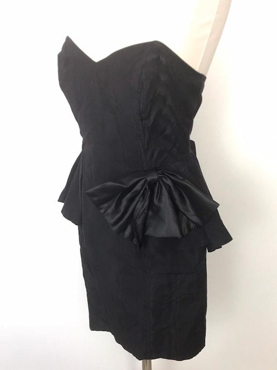 Vintage dress, bustier dress, boned, strapless, black taffeta, party, peplum, evening, pencil skirt, alt girl goth prom UK 12 sweetheart,80s