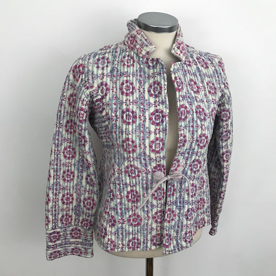 Vintage Indian cotton, quilted cotton jacket, 1970s, made in India, block print, cotton chintz, summer coat, boho, small, UK 8