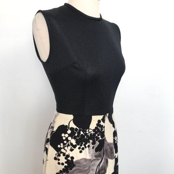 1960s dress,Mod,crimplene,flower power,fringed,tassels,A line,UK 10,monochrome,black,white,scooter girl,60s,GoGo