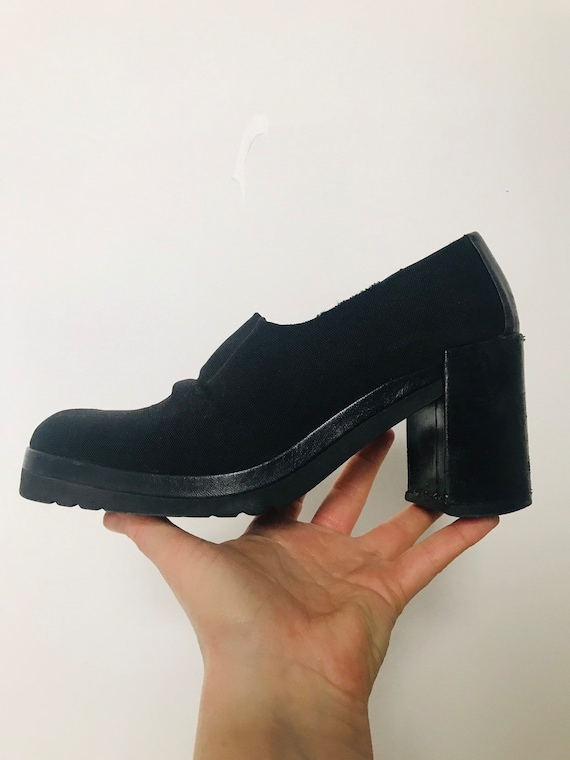 1990s shoes, clumpy shoes,stretch,neoprene like, black shoe boots,Y2K,90s,avant garde pumps UK 5 38 8 in box, Carvela