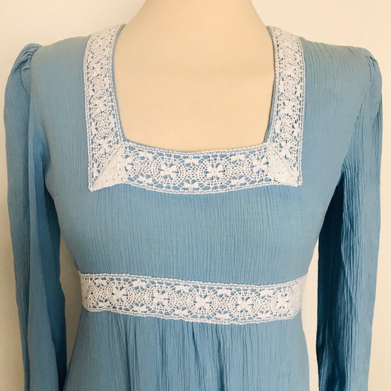 vintage cheesecloth dress,vintage prairie dress,crochet trim,empire line,Boho,sky blue,70s hippie,UK 8,long sleeves,maxi,Vivian Smith