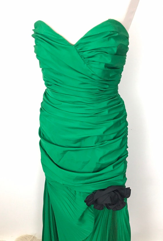 Vintage cocktail dress, green dress, accordian pleat, dramatic frills, rose, strapless hourglass, fishtail, split front, 1980s, red carpet