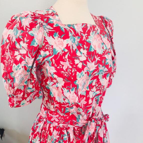 Vintage cotton dress,floral,chintz,rose print, Laura Ashley,UK 10,full skirt, flowery,red dress,1980s,historical,prairie,30s style