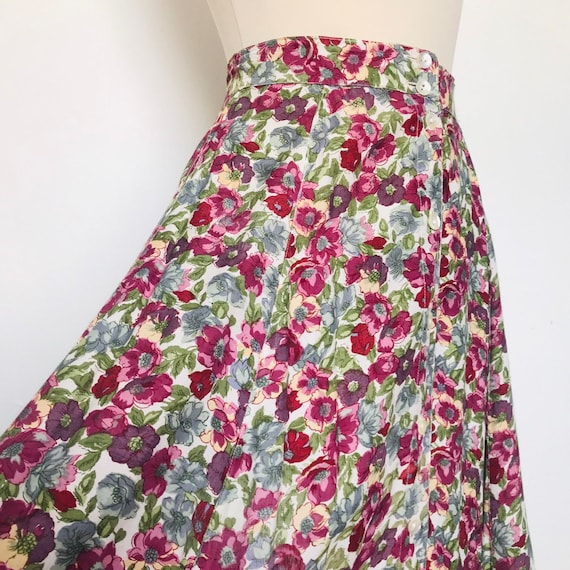 """Vintage skirt,ditsy print skirt,flowery,muted,pink,blue,UK 8,button front,midi,mom style,26""""button down front,viscose,floaty,monsoon"""