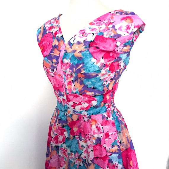 Vintage dress, floral dress,50s style, flowery, 80s, blue and pink, swing dress,handmade, UK 12,v neck
