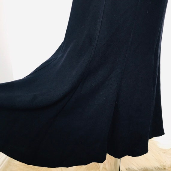 "Vintage skirt,vintage vamp,hourglass,fishtail,navy,MaxMara,gothic,26"" waist,UK 8,macabre,midi,dancing dress,80s does 40s,high waist,dark blu"