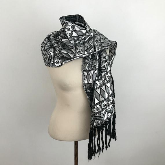 Vintage evening shawl, silver scarf, black silver woven, geometric, tasselled, lame large scarf, black tassels, disco, wedding, glam, Japan