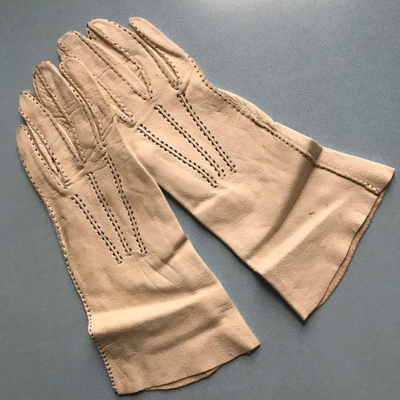 1940s gloves,cream leather, black top stitching ,handmade,40s original accesories size 6,1940s gloves,1930s gloves