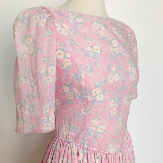 Vintage cotton dress,floral,chintz,rose print, Laura Ashley,UK 8,full skirt, flowery,pink,classic 1980s historical short sleeves,prairie