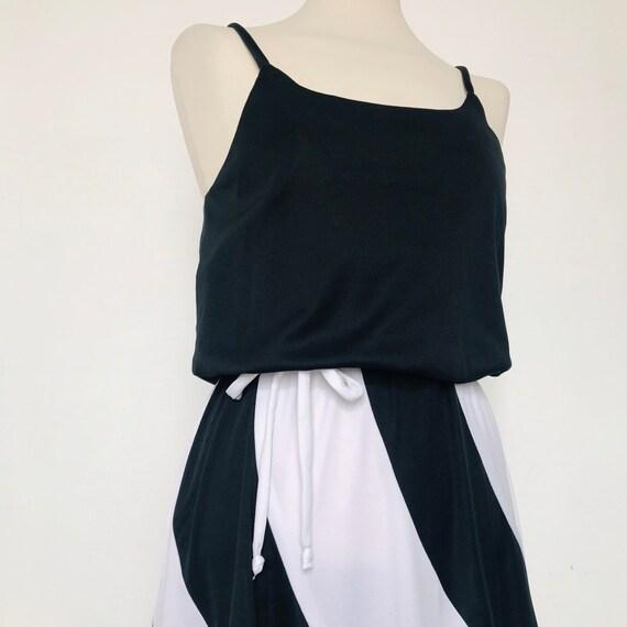 Vintage dress,monochrome dress,striped dress,jersey,strappy,slip dress,stretchy,disco,80s dress,UK 10,flared skirt,black and white,1980s