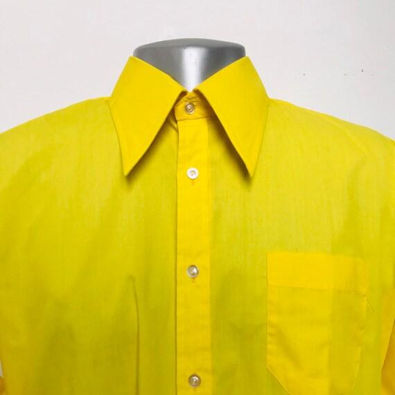 Vintage menswear, yellow shirt, M,cotton mix,acid yellow,mens top,1970s,70s shirt,16 collar,northern soul,disco,dagger collar