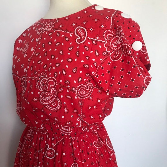 vintage cotton dress, paisley print,scarf print,The Notebook,red dress,flared skirt,50s feel,rockabilly dress,pin up,bandana print,UK 14 16,
