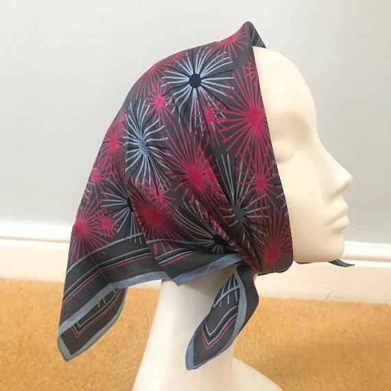 1960s scarf,vintage scarf, silky,jacqmar scarf,starburst,magenta,60s,GoGo,1970s,Mod,grey,pink,70s,silk scarf