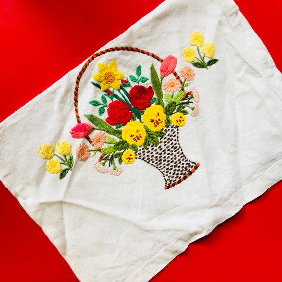 1930s embroidery, chair cover, boudoir, 30s embroidery, flower basket, chair back cover, vintage home, homewares, vintage gift,