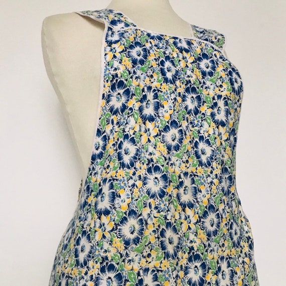 Vintage cotton apron,1940s pinny,fun kitchen pinafore,original,floral,gift hostess full apron,blue,green