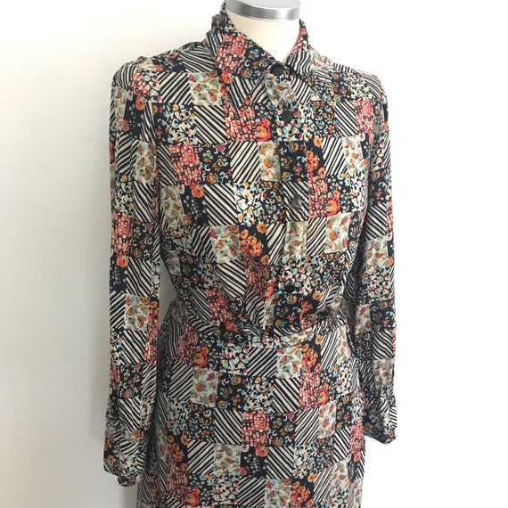 Vintage suit, blouse and skirt, two piece, crepe, 1970s, 70s crepe suit, mod outfit, patchwork, A line, UK 10, wetherall, 40s look, 30s