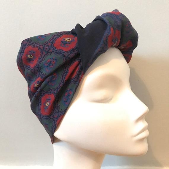 Vintage scarf,1950s scarf, paisley print,silk scarf,vintage square,menswear,blue,red,classic,turban, 1940s,pocket square,