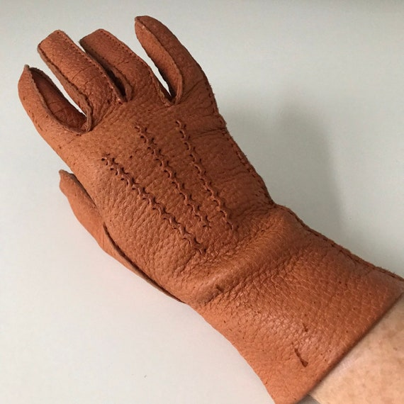 1940s cinnamon leather gloves spiced orange vintage leather top stitching 1930s original accesories size 7 winter thick leather 40s 30s