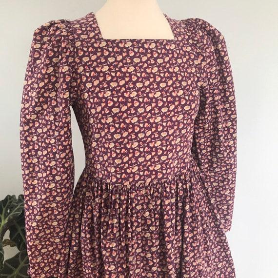 Vintage cotton dress,floral,chintz,historical print,Laura Ashley,UK 10,full skirt,flowery,purple,classic 1980s,long sleeves,jacobean