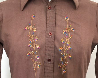 "Vintage shirt 1970s, rainbow embroidery, XS, mens shirt, long sleeves, disco, 70s party, dagger collar, 14"", jazzy"