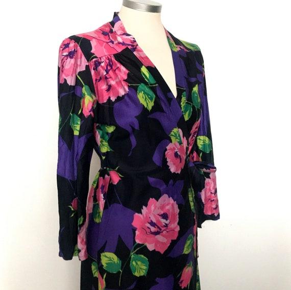 vintage tea dress,wrap dress,rose print,nylon,1970