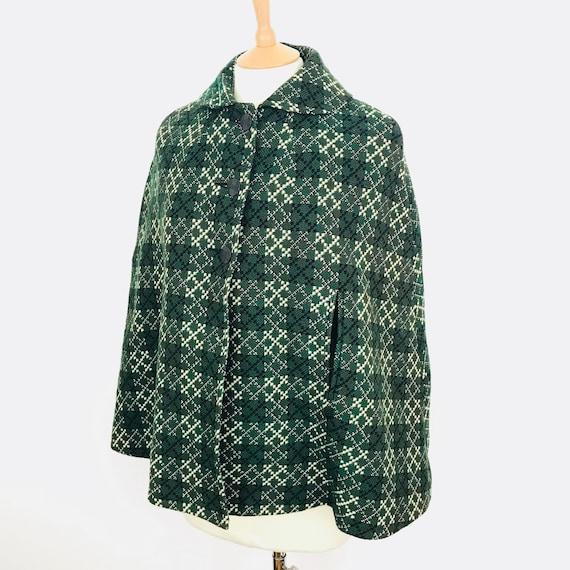 Welsh Wool cape, 1950s cape, short cape, capelet, green, white, small, woven, Mod, 60s, miss marple, vintage cape, 50s