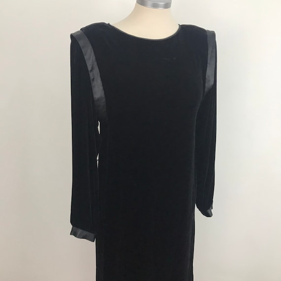 Velvet rayon dress, 80s dress, vintage velvet dress, black velvet, shoulder pads, slip dress, cocktail, UK 10, bellino, vampy,