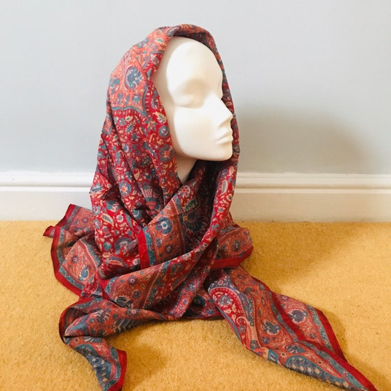 Vintage scarf,1960s scarf, paisley print,indian silk,silk scarf,vintage square,large,paisley, turban,land girl,red scarf
