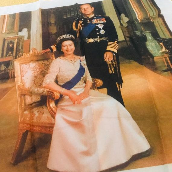 Royal Family memorabilia,5 items,4 scarves,tea towel,Coronation,Queen Elizabeth II,Royal souvenir,Queens of England,British,