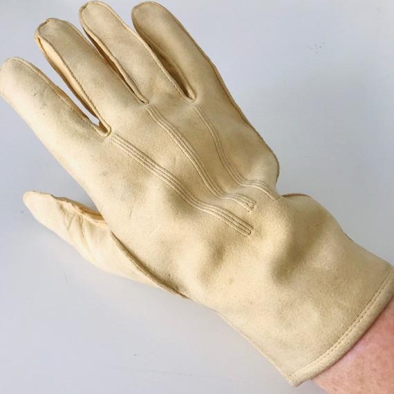 Vintage gloves, mens gloves, beige buck leather short gloves size 8, leather gloves 1950s 40s, chamy leather