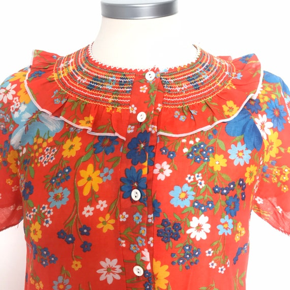 Vintage dress, robe, muu muu, kaftan housecoat, button front, flower power, smocked, frilly collar, maxi house dress, UK 10, boho hippie,