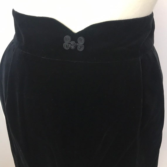 Vintage skirt, velvet skirt, black skirt,long straight skirt,cummerbund, UK 14,16, cotton velvet, velour goth alt Victoriana style Steampunk