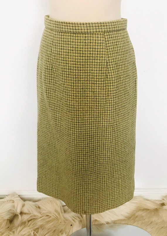 vintage pencil skirt, yellow,grey tweed,knee length,straight skirt, UK 12, classic, pin up, 1940s style,wool,1950s skirt,50s pencil skirt