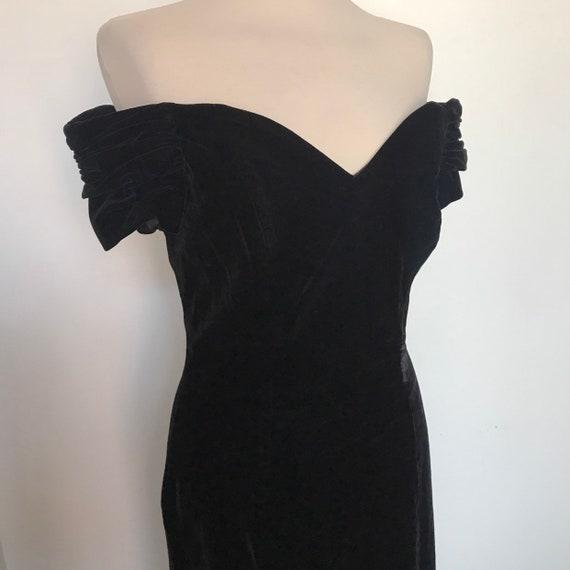 1980s dress, 80s dress, velvet dress, black velvet,hourglass dress, vintage ballgown, cocktail,pencil skirt,thigh split,UK 10,off shoulder