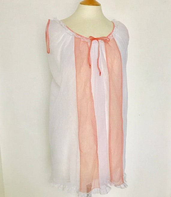 Vintage nightgown,nylon nightie,sheer,pink,1970s,bow,stripes,slumber party,pin up, burlesque,lingerie,UK 12,10,mini