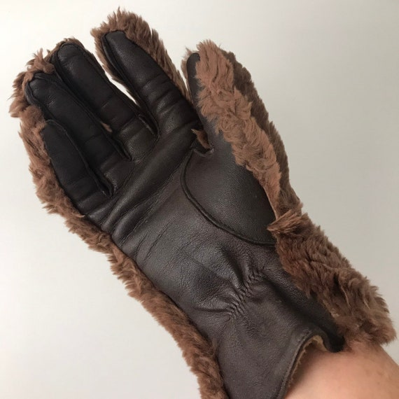 Vintage fur gloves, furry gloves, leather,  brown, sheepskin wool lined gloves 1950s, winter, bear paws, motorcycle gloves ladies, size 7