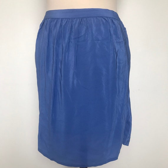 Vintage mini skirt,sand washed silk,silk skirt,short skirt,90s skirt,cornflower blue,elasticated,utility,90s skirt,mid rise,1980s,beach,M