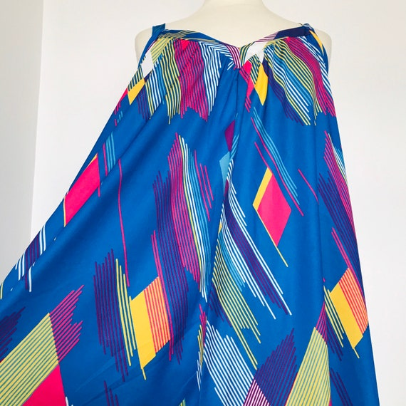 vintage dress,beach cover up,geometric print,avant garde,rainbow print,bright,trapeze dress,sleeveless, UK 16, 18, 20, Plus size, volup,