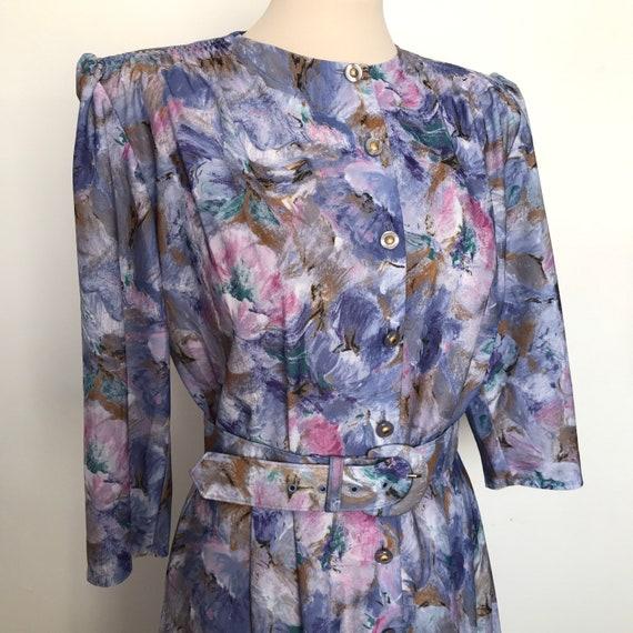 vintage shirtwaister,blue dress,1980s does 1940s,swing dress,belt,full flared skirt UK 12, Lindy hip, stretch, tea dress, St Michael