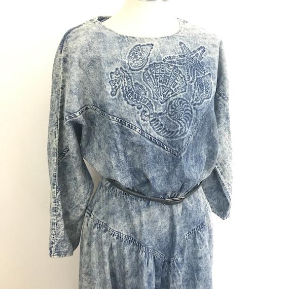 Vintage acid wash denim dress batwing oversized novelty seashell UK 10 12 trashy 1980s OTT avant garde blue shells