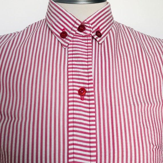 1960s dress,mod shirt dress,button down collar,striped,seer sucker,straight cut, UK 8 US 4,10,60s swinging gogo,sleeveless