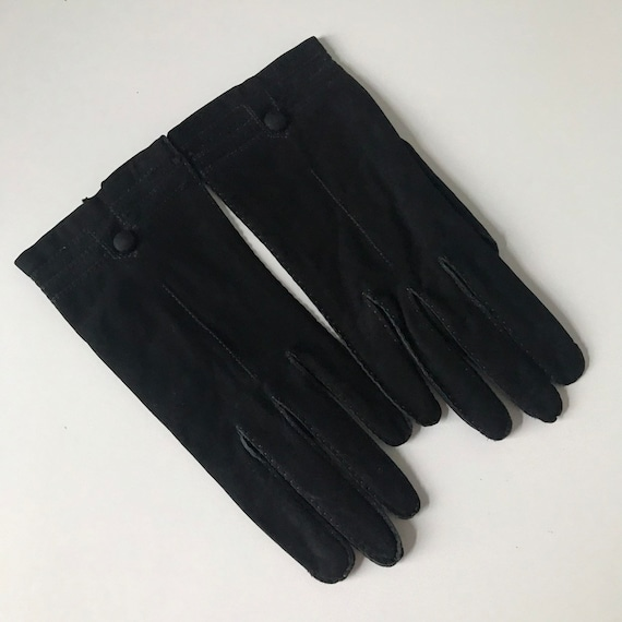 Vintage suede gloves black suede, fine suede, leather knot detail, leather shorties, size 6, 1940s, fine soft accesory pin up unworn