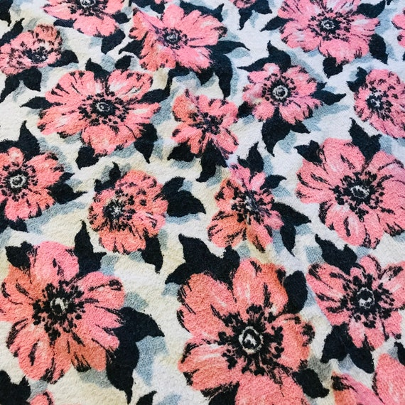 Vintage curtains,towelling,vintage towel,terry towelling, drop, W,pink flowers,anemone,poppy,1950s,towelling curtains,1960s, 60s, Midcentury