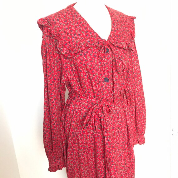 Vintage house coat,frilly robe,red dressing gown,frill collar,boudoir,edwardian style,UK 14,16,pollyanna,brushed,80s does 30s
