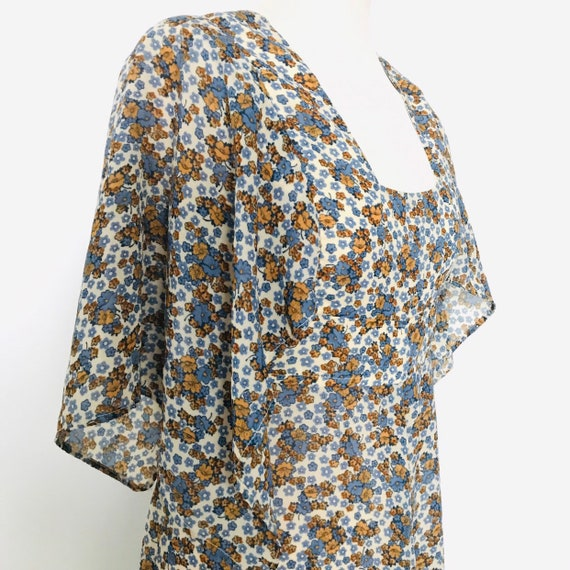 Prairie dress,vintage 1970s dress,ditsy,flowery pinafore style,cornflower blue,midi,70s,empire line,chiffon,floaty,hippie,UK 10