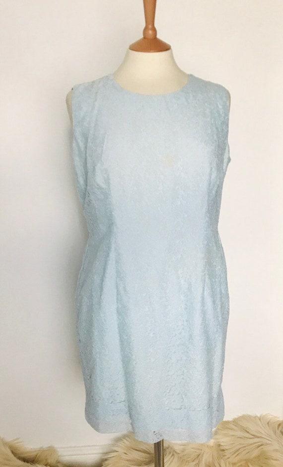 Vintage dress,lace dress ,1960s shift dress,baby blue,lacy Mod dress UK 14,16,Alternative bridal short straight scooter girl pale blue