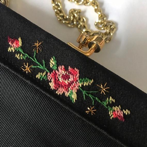 vintage 50s handbag,black fabric purse,top handle,rose,rosebud embroidery,frame bag gold metal evening bag art deco clasp 1940s classic